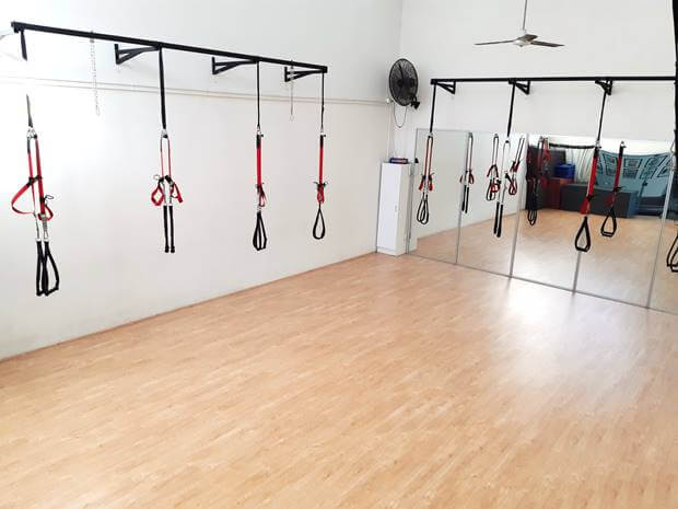 GROUP TRAINING STUDIO